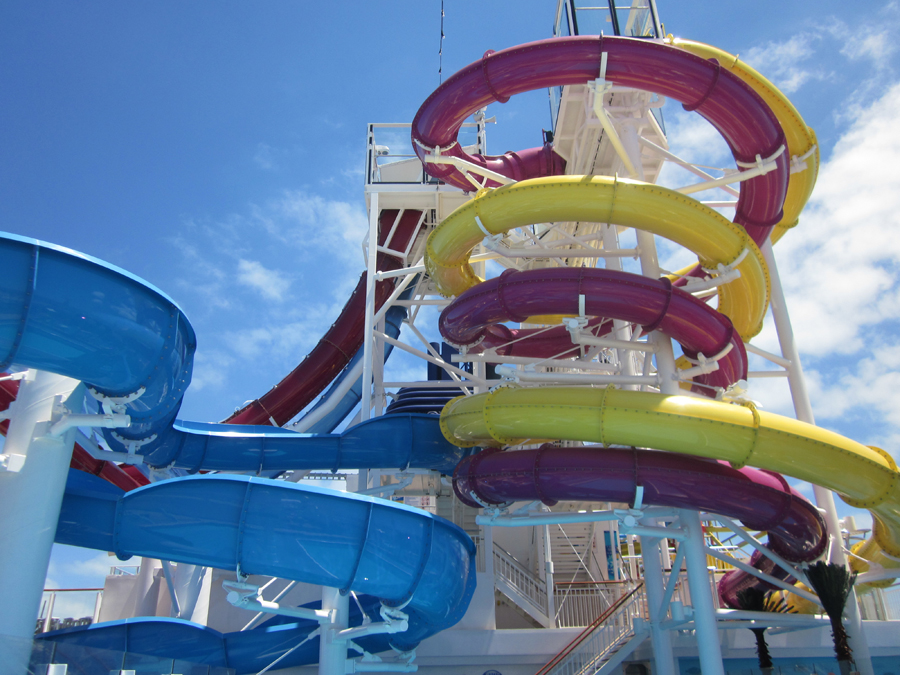 atravelxena.com_wp_content_uploads_2013_05_Norwegian_Breakaway_Waterslides_TravelXena_31.jpg