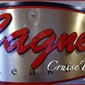 Norwegian Star - Cagney's Steakhouse review - YouTube